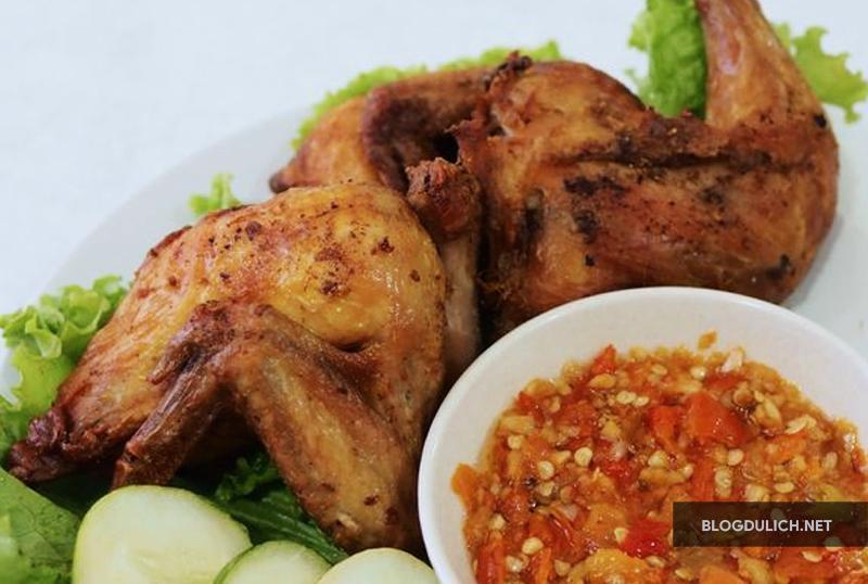 Ayam Goreng sama sambal