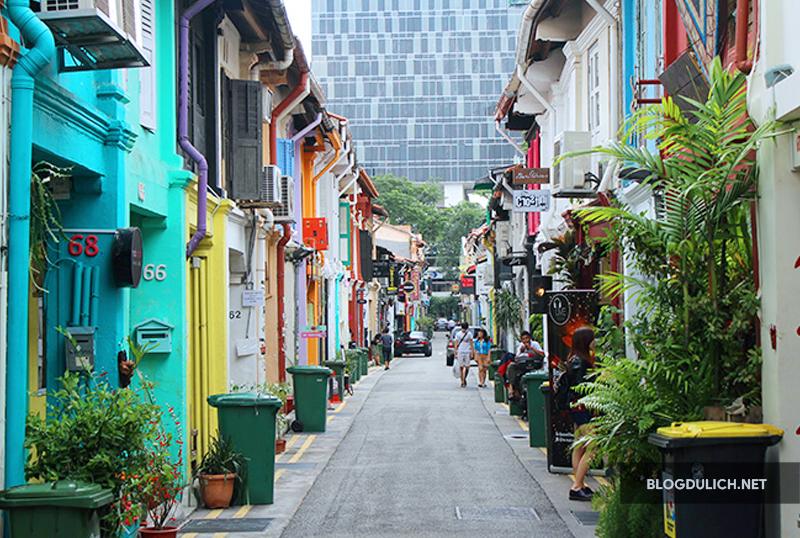 Có 1 con phố Haji Lane sặc sỡ sắc màu
