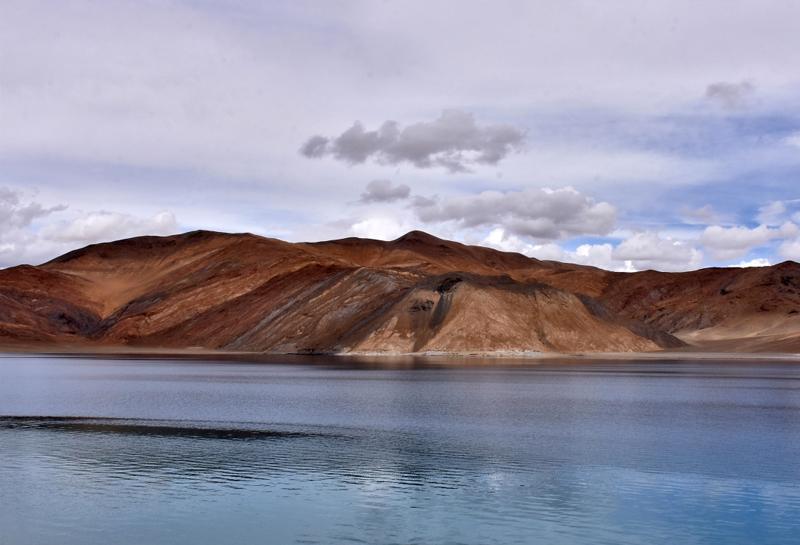 Làm thế nào để tham quan hồ Pangong?