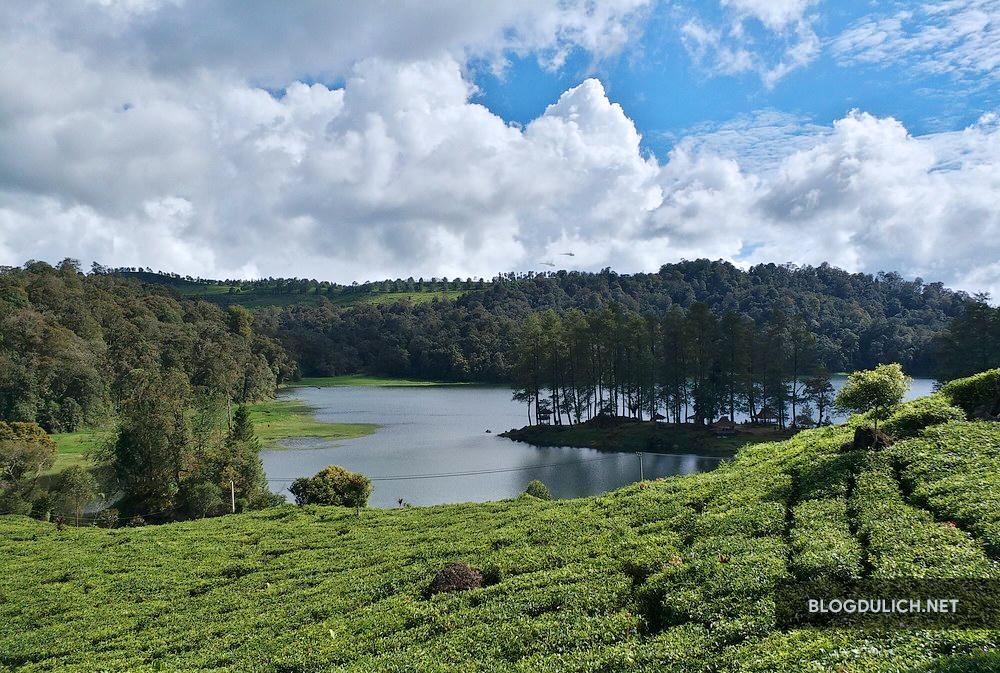 Hồ Patenggang- nơi tìm kiếm tình yêu vĩnh cữu