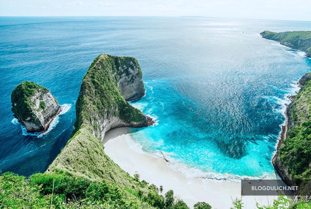 Đảo Bali xinh đẹp và mát mẻ, nơi yêu thích của khách du lịch và các sao