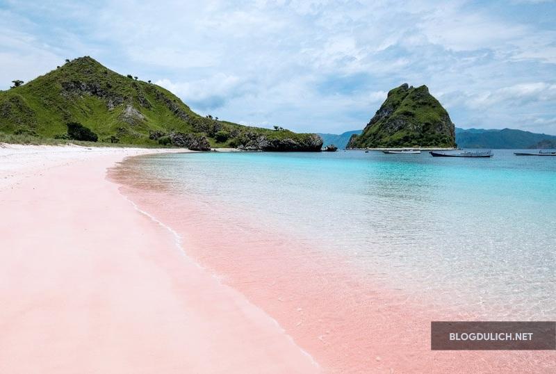 Những bãi biển hoang sơ rất đẹp ở Indonesia