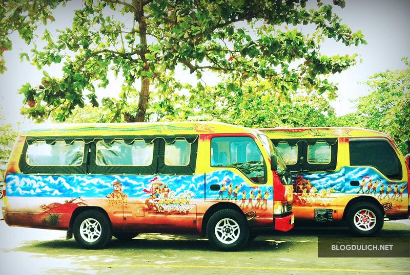Hãy trải nghiệm theo phong cách địa phương với xe bus bemo